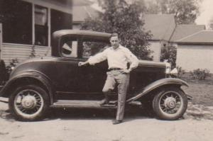 If I knew about cars I could figure out when thi photo ws taken.  Dad had several Fords.  I picture him driving all over Nebraska in a car like this.